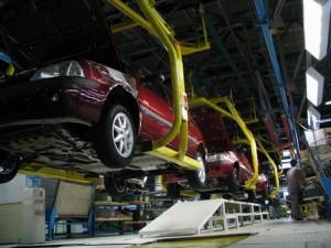 Automobile Dacia construieste cinci tipuri de motoare, atit pe benzina cit si Diesel.