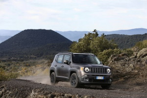 Jeep_Renegade-Night-Eagle_05