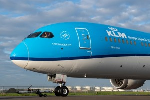 KLM 1 (002)